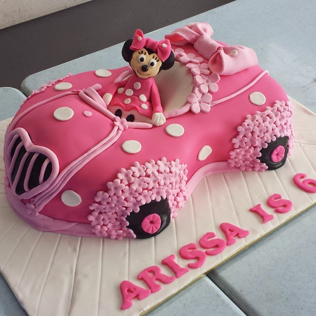 Linascakes Baked By Angels Minnie Mouse Car Cake In Pink