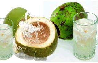 10 Manfaat Minum Air Kelapa Bagi Kesehatan Tubuh