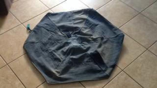 riciclo di un vecchio jeans