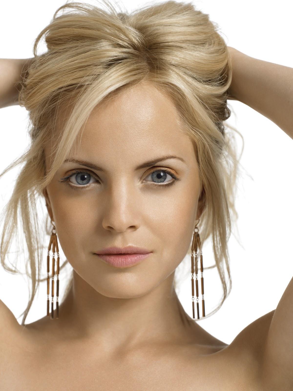Brilliant Blonde Celebrity Hairstyles Hairstyles For Women Draintrainus