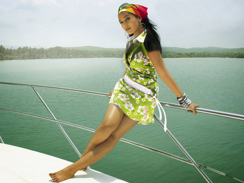 Amrita-Rao-Miss-Players-Wallpaper-2