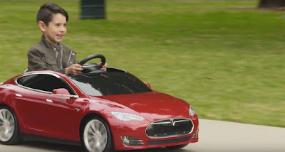 Radio Flyer оголосила про початок продажів дитячих електромобілів Tesla Model S