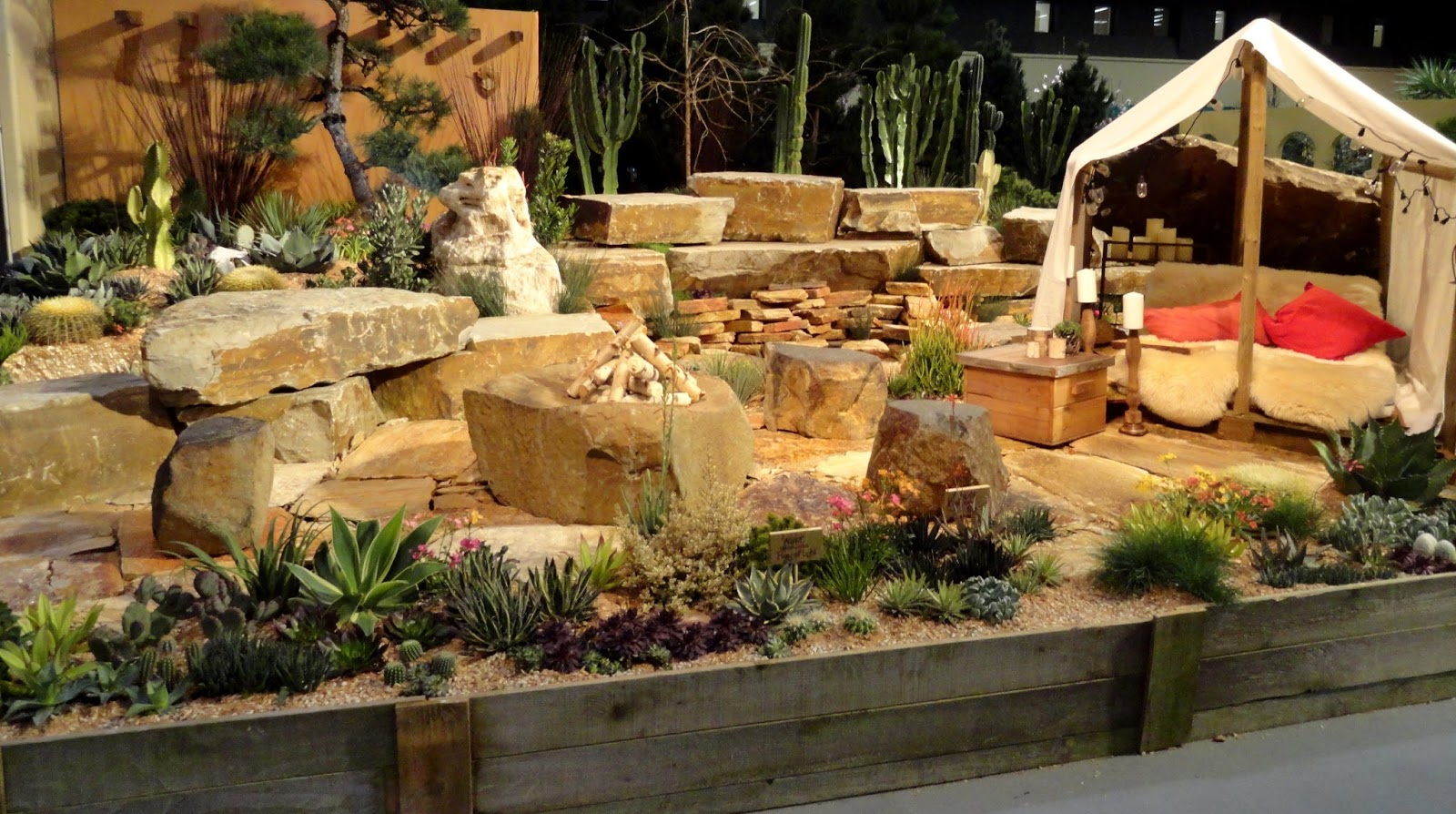 danger garden: NWFG Show display gardens: from the rain-forest to ...