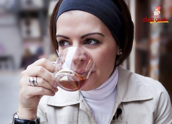 كيفية خسارة الوزن بأقل جهد عن طريق شرب الماء والشاي