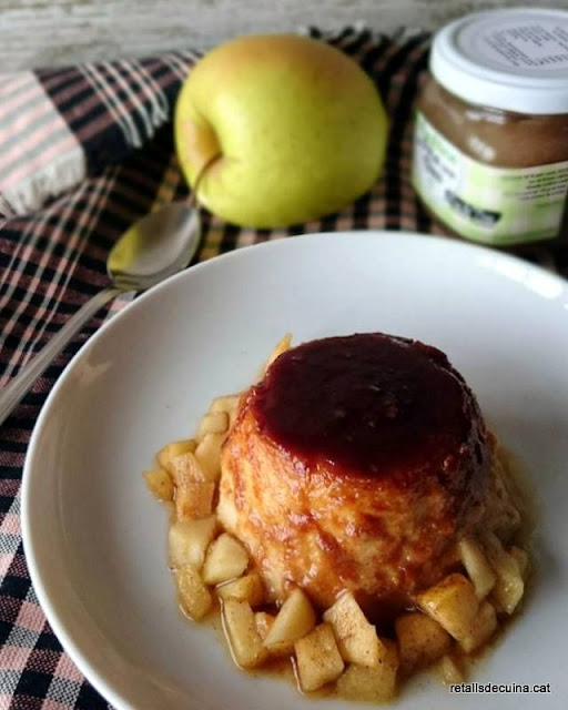 Flam de poma amb melmelada de Mos de Tros