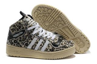 premium selection 77e07 60525 Nike, Reebok mit der Klageerhebung im letzten Monat haben sich die Dinge  schon eine SiedlungNach Berichten, Adidas und Reebok International nike air  max ...