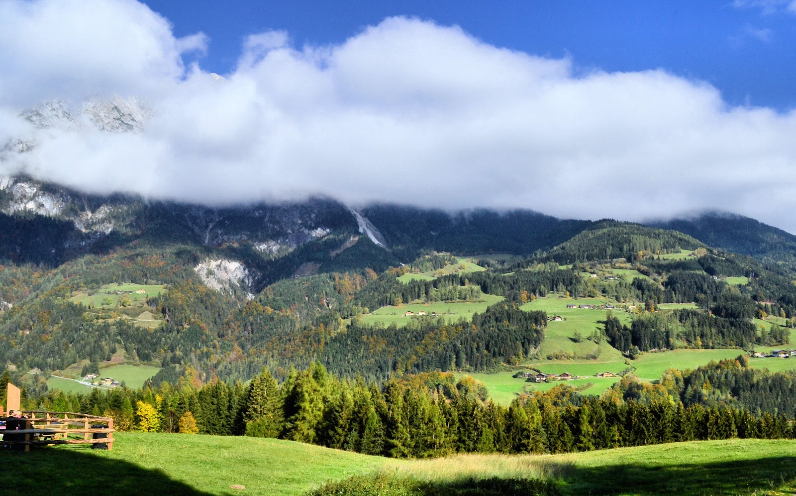 Alpine landscapes abound when exploring Europe on foot. Photo: © EuroTravelogue. Unauthorized use is prohibited.