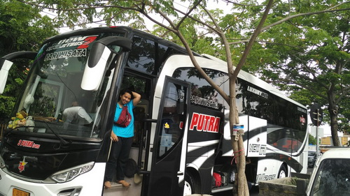 harga sewa bus pariwisata area surabaya, tempat sewa bus pariwisata di surabaya