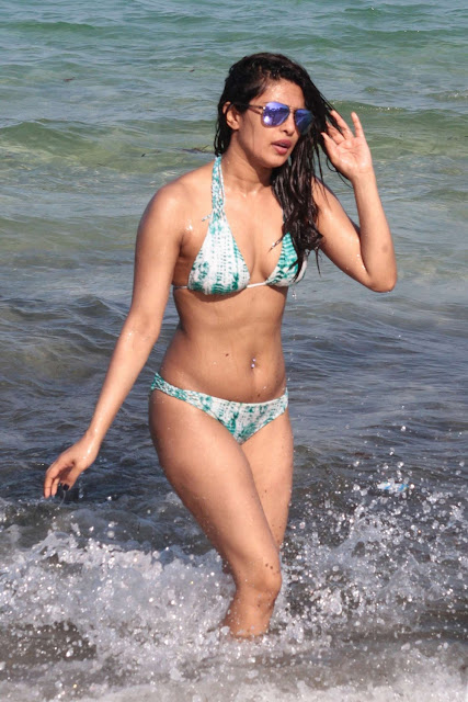 Priyanka Chopra Hot Instagram Photos