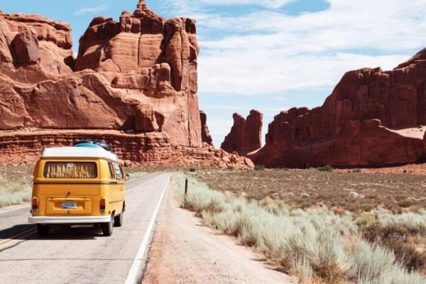 4 Perbedaan Traveler dan Backpacker, Ternyata Gak Sama Lho