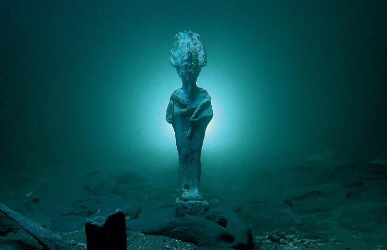 'Osiris, Sunken Mysteries of Egypt' at the Arab World Institute, Paris
