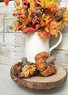 Vintage, Paint and more... little fall pumpkins made from scraps of fabric, wine corks and twine for a rustic vintage look