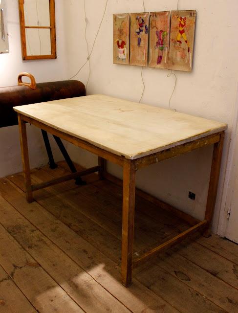 Vintage 4p tu tienda de muebles vintage en madrid tu for Muebles industriales madrid