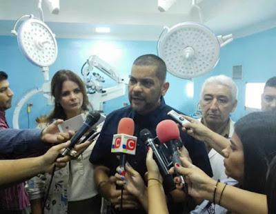 Sustituyen a directora guarimbera del Adolfo Pons