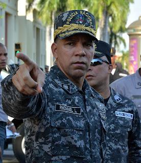 Policía Nacional investiga robo en casa del general Lopez