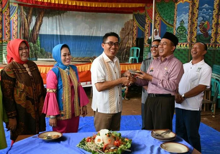 Plt Bupati Lamtim Menghadiri Festival Gebyar Desa