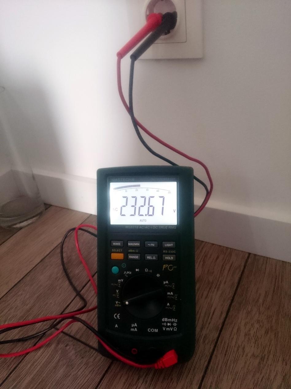 i have 233vac should i choose 220vac or 240vac voltage selector position at my hi fi  [ 948 x 1264 Pixel ]