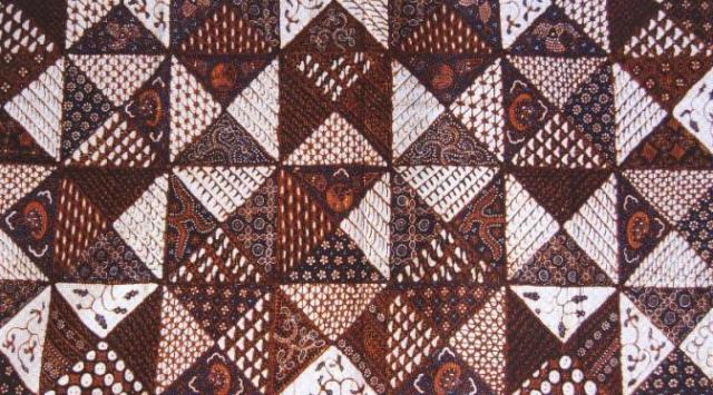 15 Jenis Nama Motif Batik Tradisional Indonesia - KemejingNet f0b714bb52
