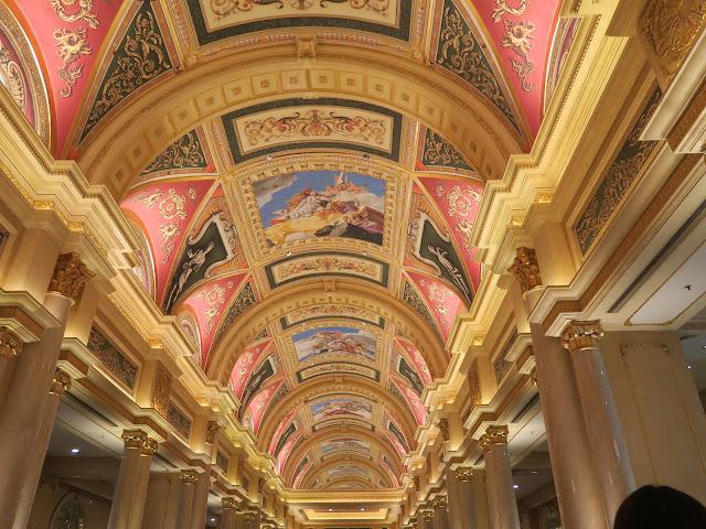 Macau ; Venetian Hotel interior