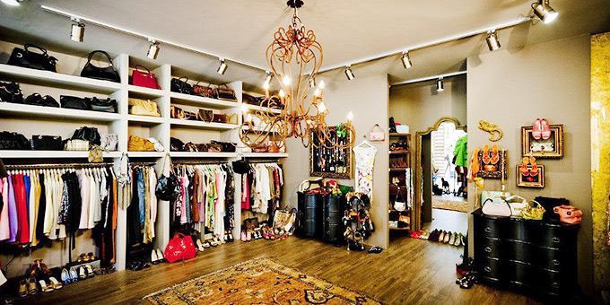 Θέλεις να πουλήσεις ή να αγοράσεις μεταχειρισμένα έπιπλα, βινύλια, ρούχα, βιβλία, γυαλιά και πάσης φύσεως χρήσιμα αντικείμενα; Δες εδώ...