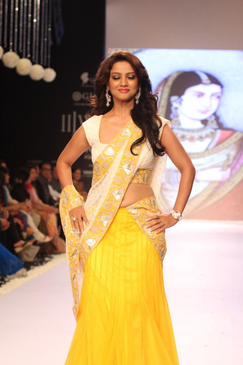 Hindi Tv Serial Actress Hot Navel Show Photos - Hot Blog -4523