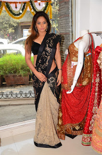 Neetu Chandra in Black Saree at Designer Sandhya Singh Store Launch Mumbai (39).jpg