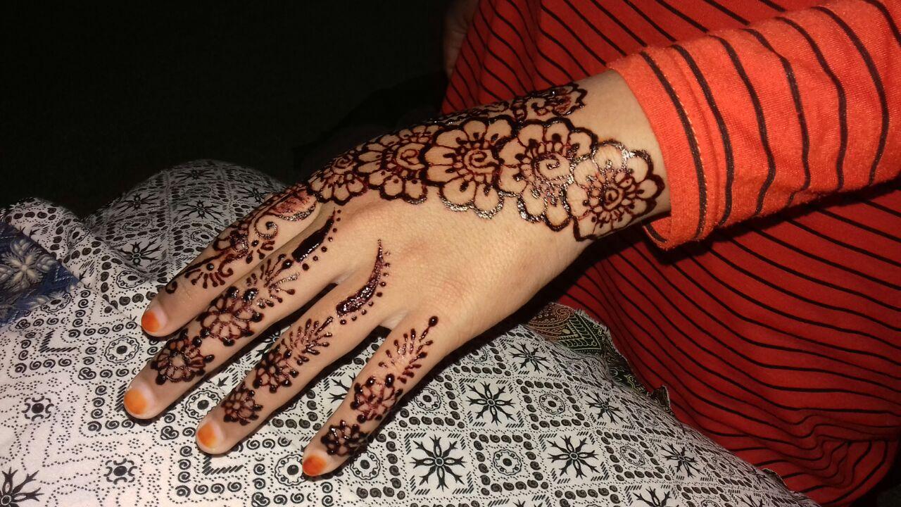 Henna Art Solusi Praktis Buat Kamu Yang Manis