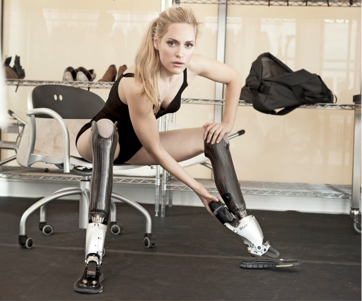 Aimee Mullins e suas varias pernas