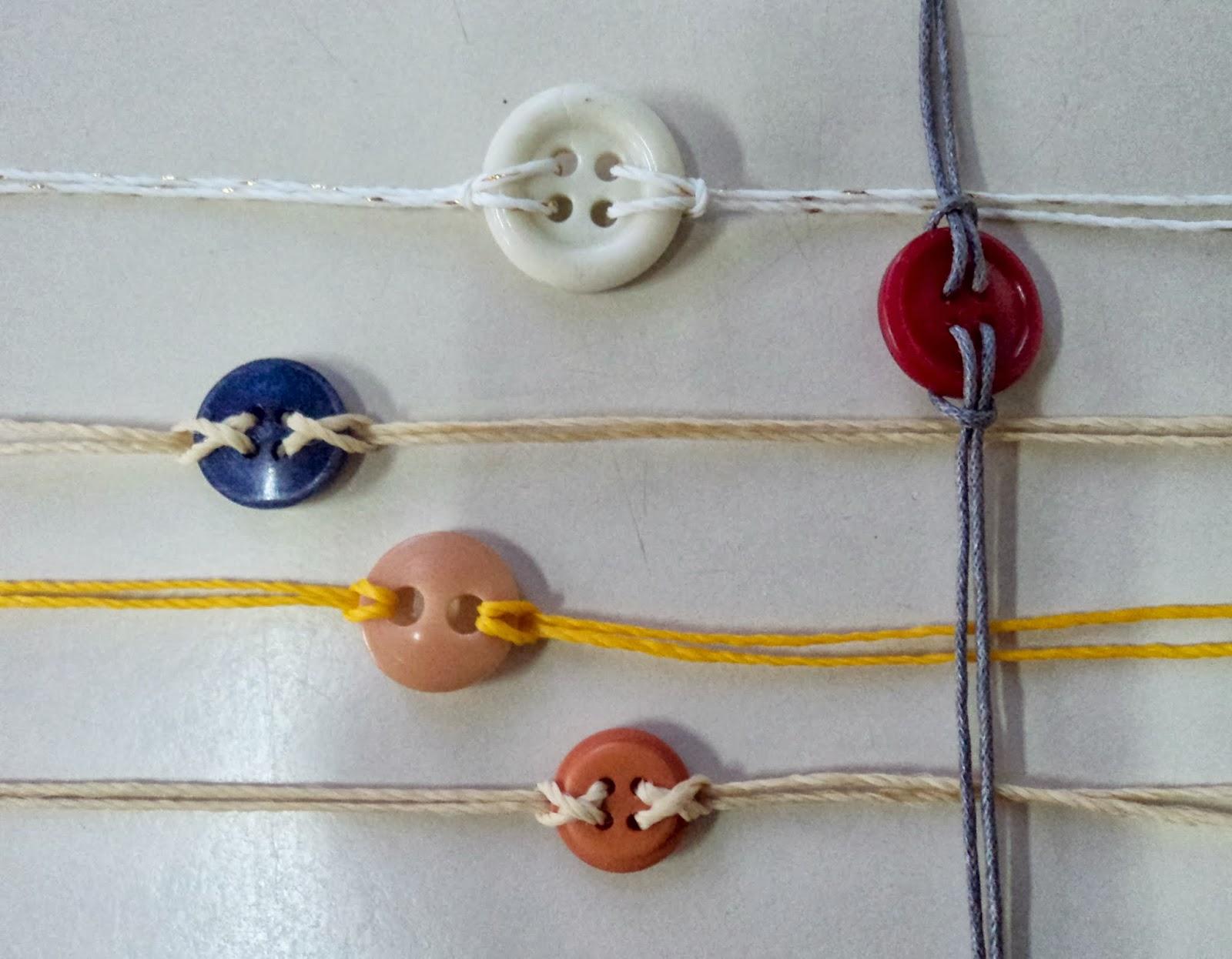 ffd5b54fac17 Tutorial de Artesanías: Pulseras con botones