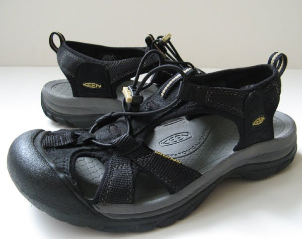 b99602d250e Black Sandals  Keen Black Sandals