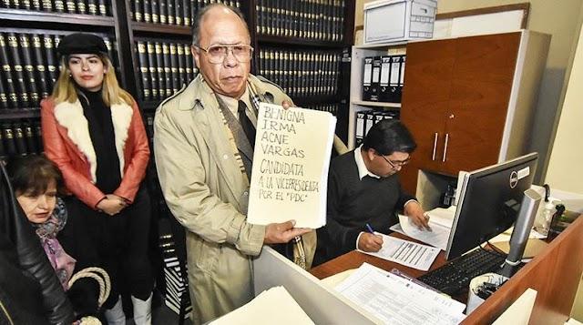 Una empresaria alteña reemplaza a Paola Barriga en el PDC