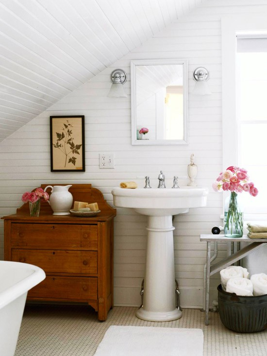 These Exposed Log Beams Give This Next Bathroom A Rustic