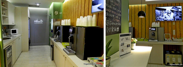 Máquinas de café e suco no Hotel Sidorme Fuencarral 52, no bairro de Chueca, Madri