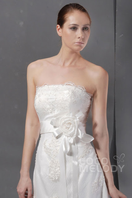 Captivating strapless stylish wedding dress can be employed as the enjoy to pleasure