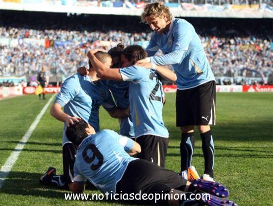 Uruguay vs Paraguay. Vídeo y fotos: Final de la Copa América 2011