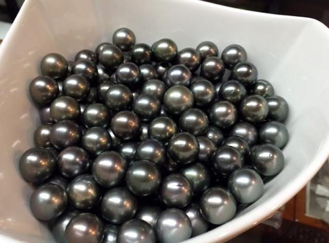 Large Black Pearls