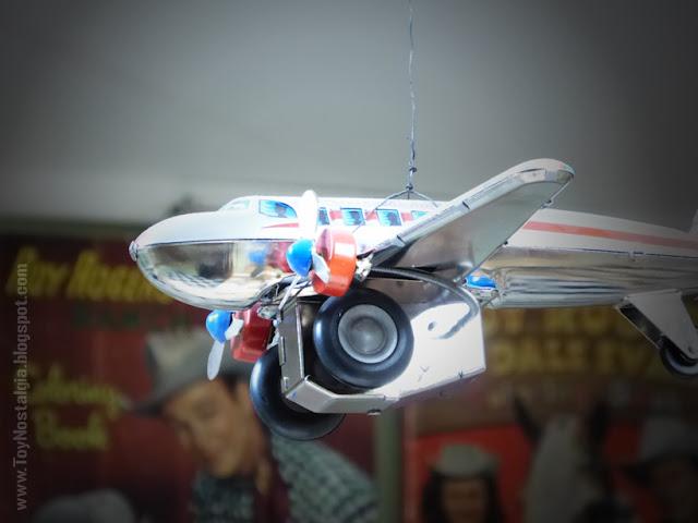 Toy Shop Museun Grundarfjördur Iceland Emil Kaffi Tin spring-powored fly