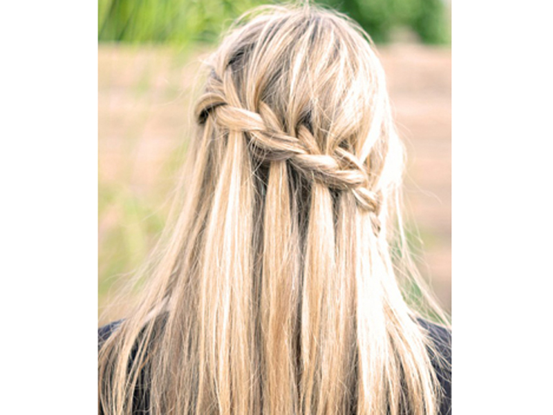142457 gaya rambut waterfall braid