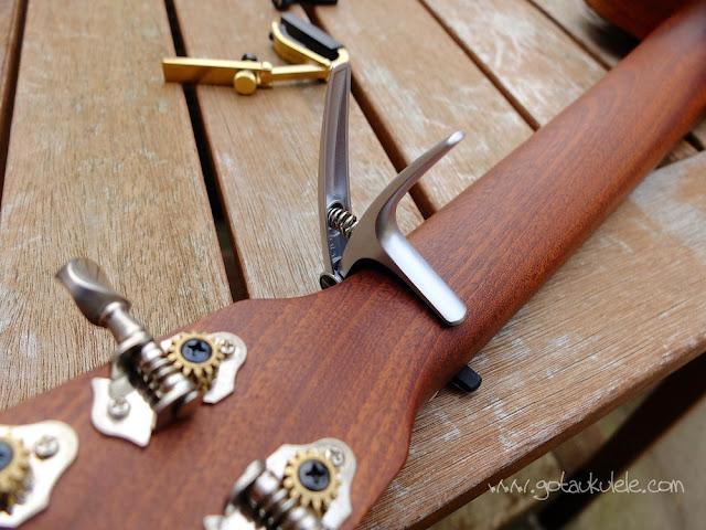 trigger ukulele capo