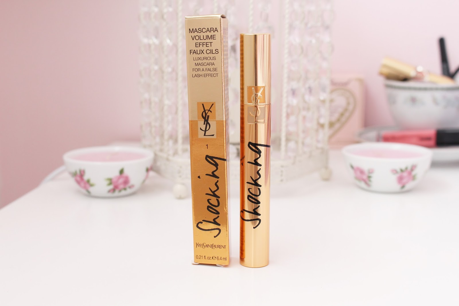 YSL Shocking Mascara in 01 Deep Black blog review
