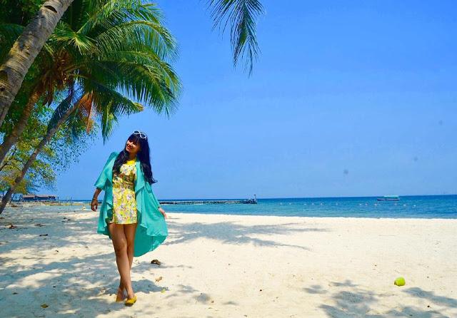 foto bidadari di pulau bidadari kepulauan seribu
