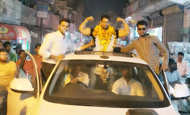 Pawan Jakhar of Mudesar village of Faridabad for the third consecutive time, made Mr. India a grand welcome