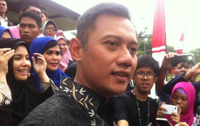 Bawakan Kue Basah, Agus Yudhoyono Kunjungi Ahok di Mako Brimob
