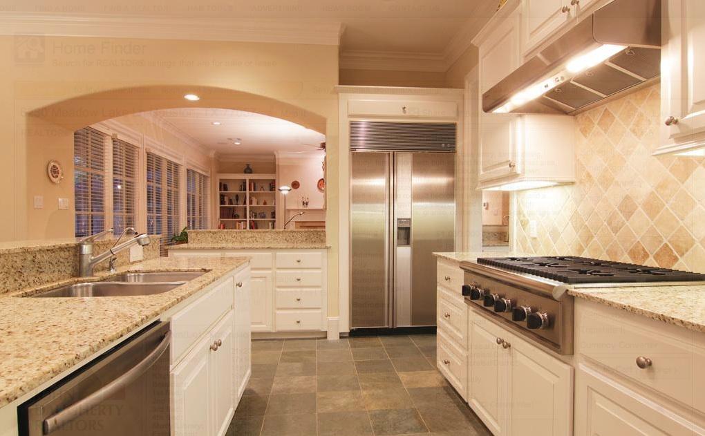 Tile Backsplash with Granite Countertops on Granite Countertops And Backsplash  id=17622
