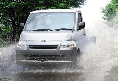 4 Keunggulan Mobil Daihatsu GranMax PU, Libas Genangan Banjir!