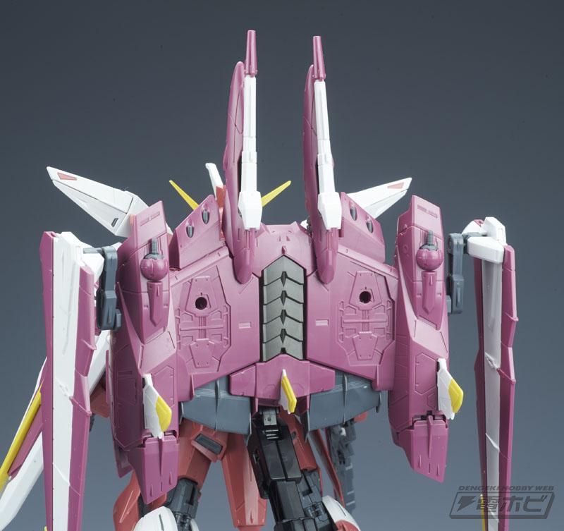 MG 1/100 ZGMF-X09A Justice Gundam