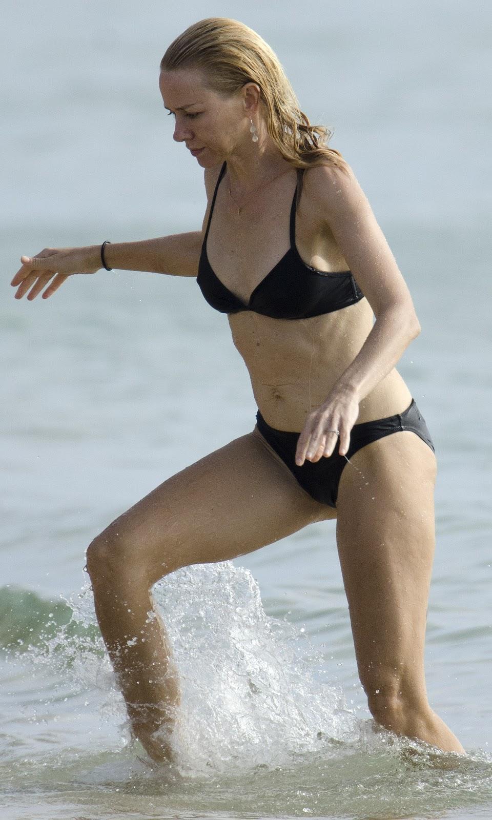 HD Wallpapers: Naomi Watts Bikini
