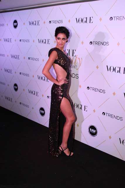 Disha Patani in a SUPERHOT dress at Vogue Beauty Awards!!!
