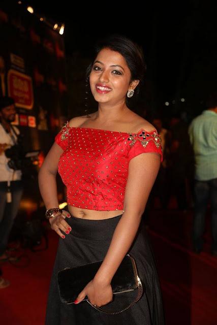 Navya Stills At Gemini TV Puraskaralu 2016