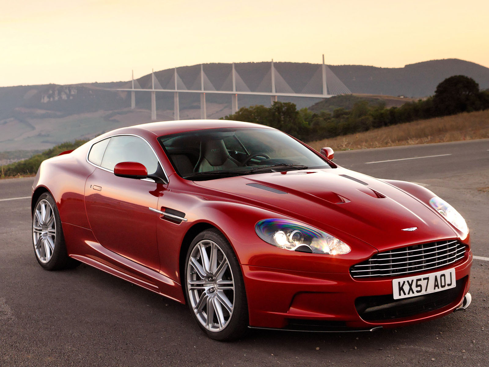 Car News And Show 2011 Aston Martin Db9 Review